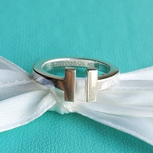 T square ring
